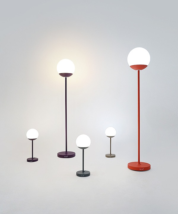 100088. Fermob MOOON! Lamp set